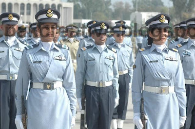 paf girls passing out3